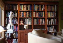 Armoires, bibliothèques, foyers, tables de salon, etc.